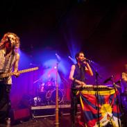 Hilight Tribe en concert