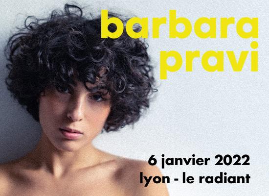 Barbara Pravi en concert